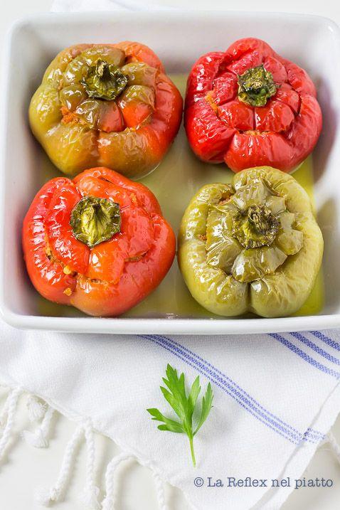 Stuffed Pepper (my Aunt Dina's recipe) www.lareflexnelpiatto.com/post.asp?title=i-peperoni-imbottiti-di-zia-dina&NEWS_ID=40&page=1