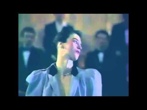 Isabelle Adjani - Beau oui comme Bowie (1983) - Son HQ! - YouTube