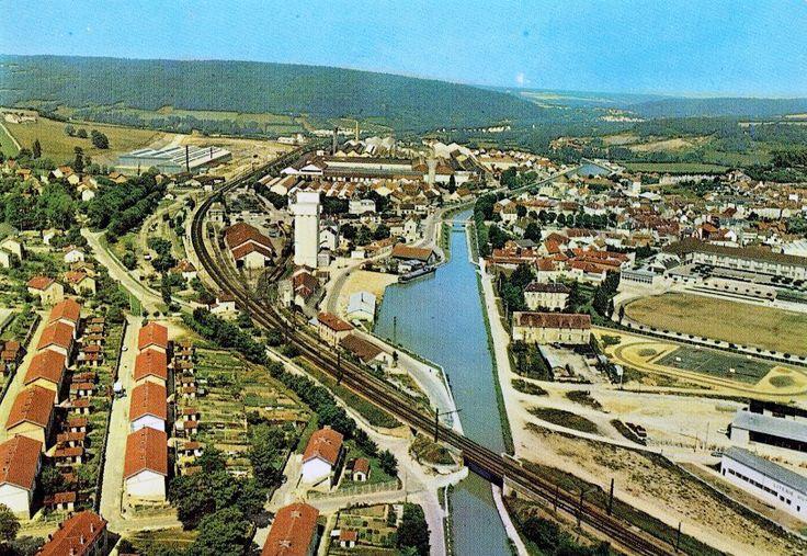 Retro-Geographie: Montbard (Côte-d'or), vue générale.
