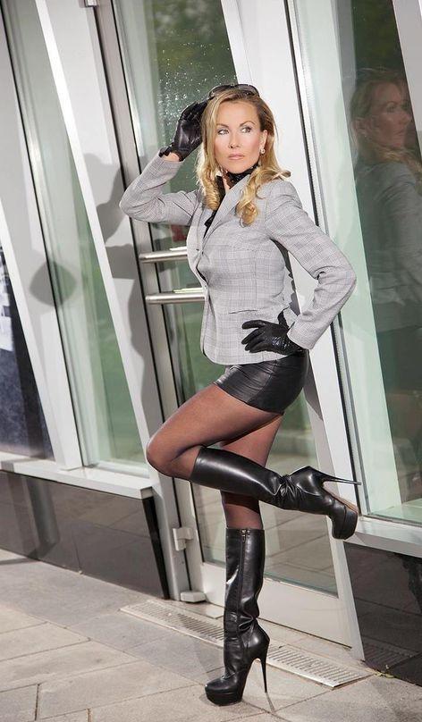 245 Best Comtesse Monique Images On Pinterest  Leather -8361