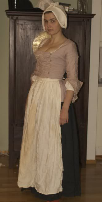 I'm fascinated by working-class historical clothes.  This one is 18th century. (Before the Automobile blog, please click through, she's an amazing seamstress!)