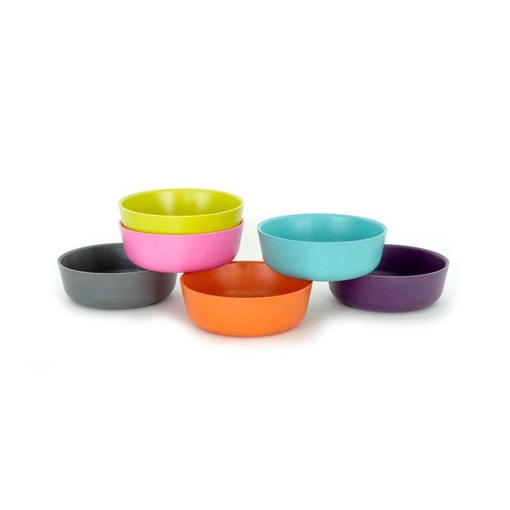 Le bol BIOBU [ by EKOBO ] est spécialement conçu pour les petites mains et habitudes alimentaires des enfants. Nos bols sont écologiques, empilables et lavables au lave-vaisselle. Parfaits pour un usage à l'intérieur ou à l'extérieur, ils forment un ensemble idéal avec les assiettes, gobelets, et couverts de la Collection Bambino! € 7.50