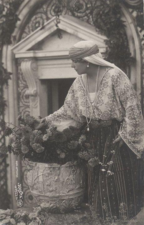 Queen Marie of Romania Gallery
