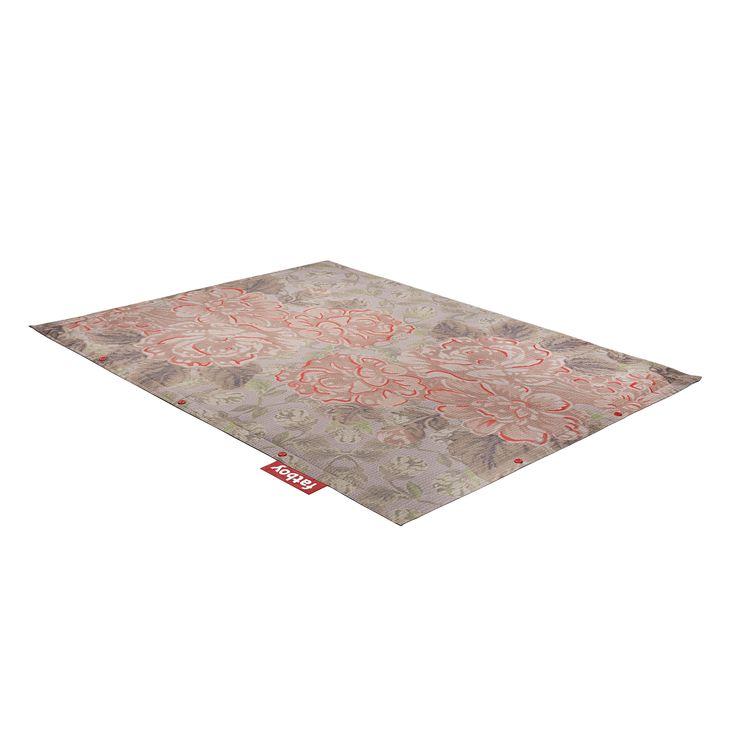 Carpet made of synthetic fabric mod. Non-Flying Carpet Small Floral, Fatboy. // Alfombra de tela sintética mod. Non-Flying Carpet Small Floral, Fatboy. // Tappeto in tessuto sintetico mod. Non-Flying Carpet Small Floral, Fatboy. #carpet #alfombra #tappeto #syntheticfabric #telasintetica #tessutosintetico #fatboy