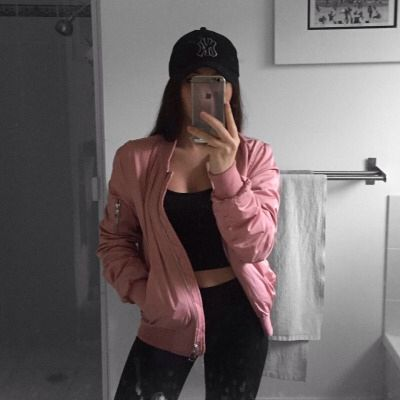89 best mirror selfie images on Pinterest | Casual outfits Fashion outfits and Mirror selfies