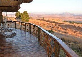 Luxury Cave - Drakensberg Accommodation near Giant's Castle- Antbear Drakensberg Lodge. Midlands Meander, KZN, South Africa www.midlandsmeander.co.za