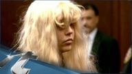 WOW VIDEO: Amanda Bynes Breaking News: Amanda Bynes BLASTS Rihanna on Twitter ; Chris Brown Beat You Because Youre Not Pretty Enough