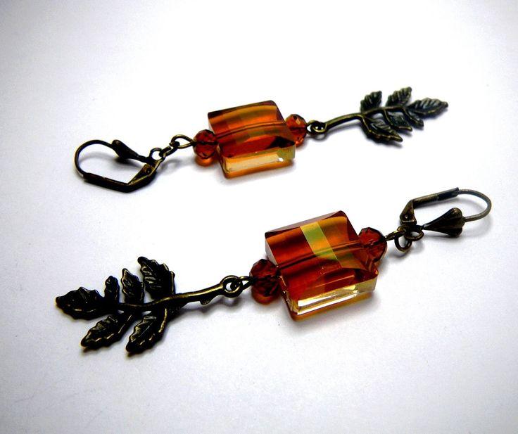Boucles d'oreilles en perle de cristal Swarovski « Sylvia » par Boutique Astrallia : Boucles d'oreille par boutique-astrallia
