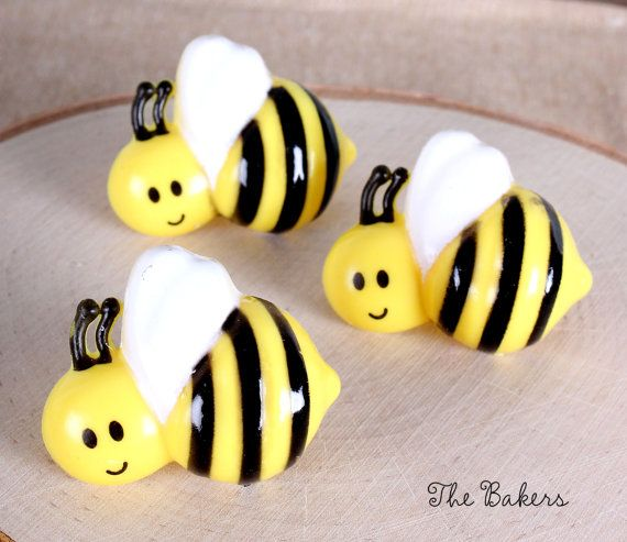 Bumble Bee Cupcake Rings These Can Be Used For Toppers Cake Decorations All While