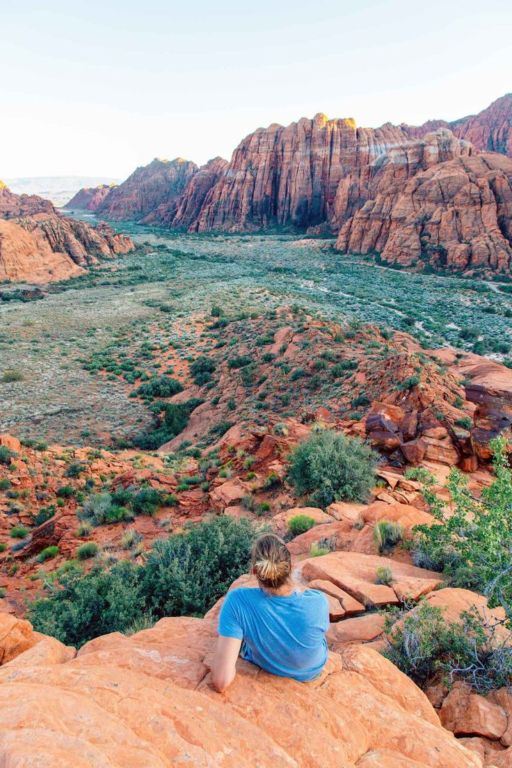 Planning a trip to Southern Utah? We uncovered seven of the best outdoor hidden gems in St. George including Snow Canyon, Sand Hollow, and Yant Flat!
