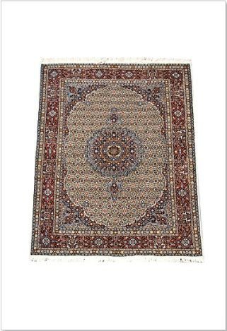 A charming rugs named Mood Mahee 1 is classic #Persian #traditional #rug from #woven #treasures rugs in #Melbourne      Traditional Mood Mahee / herati motif lovely bold central medallion, intricately woven fine wool.
