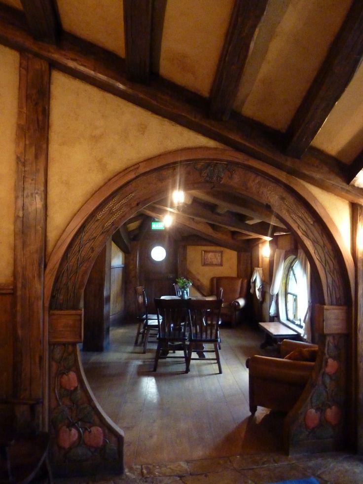 the 25 best hobbit hole ideas on pinterest hobbit home. Black Bedroom Furniture Sets. Home Design Ideas