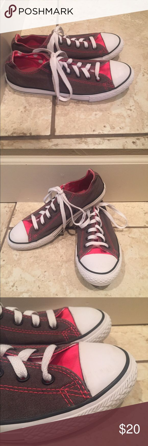 Ladies Converse - Gray/Pink This pair of Ladies Converse are in excellent shape! Hardly worn at all by my daughter. Converse Shoes Sneakers