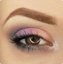 Znalezione obrazy dla zapytania makijaż dzienny z kolorem