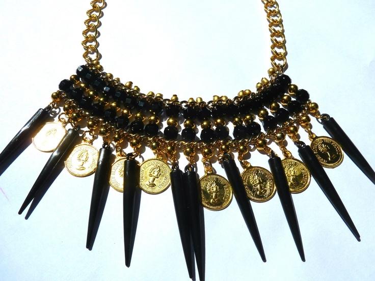 Collar Lola Black con monedas    find us on Facebook: Las Marinas