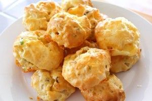 Cheddar, spring onion and mushroom puffs for toddlers