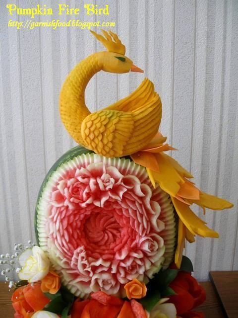 Fruit carving arrangements and food garnishes pumpkin