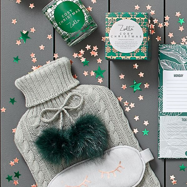 Find the perfect gift or treat yourself with Zoella's new Christmas Lifestyle collection. Full of all the beautiful items Zoe Sugg loves, Zoella Weekly Planner, Zoella Catching ZZZ's and Zoella Cosy Christmas Candle.