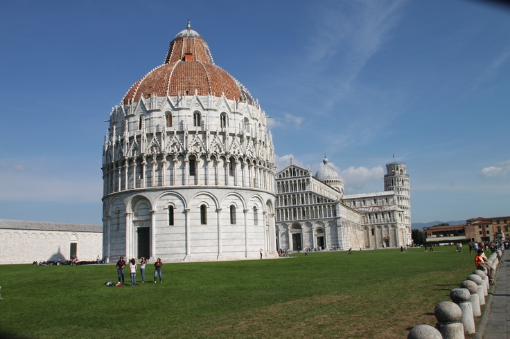 The Baptistery (Pisa, Piazza Dei Miracoli)  The Baptistery in Pisa is the largest in Italy.