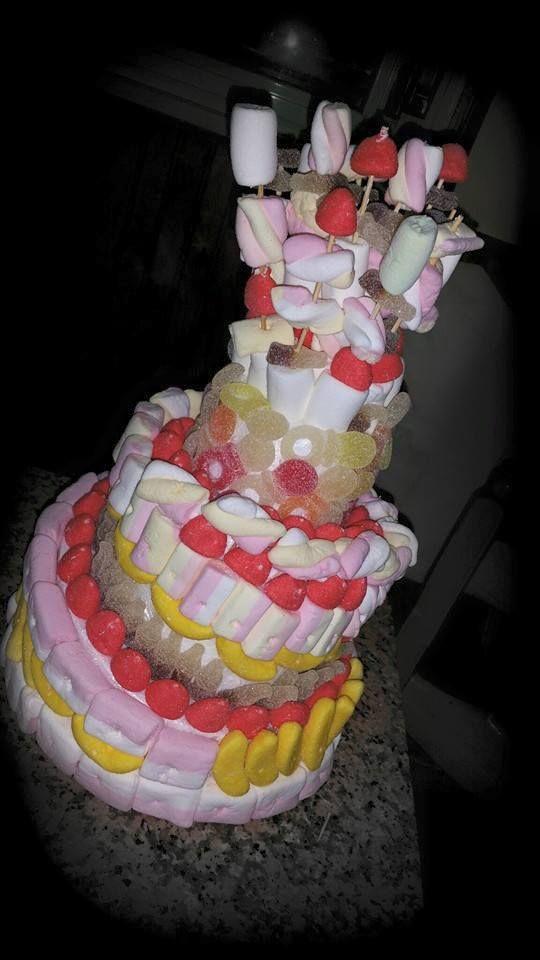 torta di caramelle realizzata per il compleanno di Valerio..