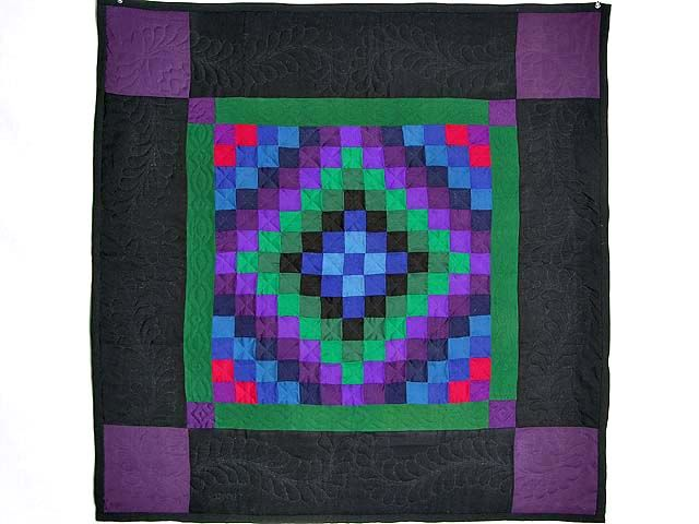 Sunshine and Shadow Quilt -- magnificent well made Amish Quilts from Lancaster (wh1314)