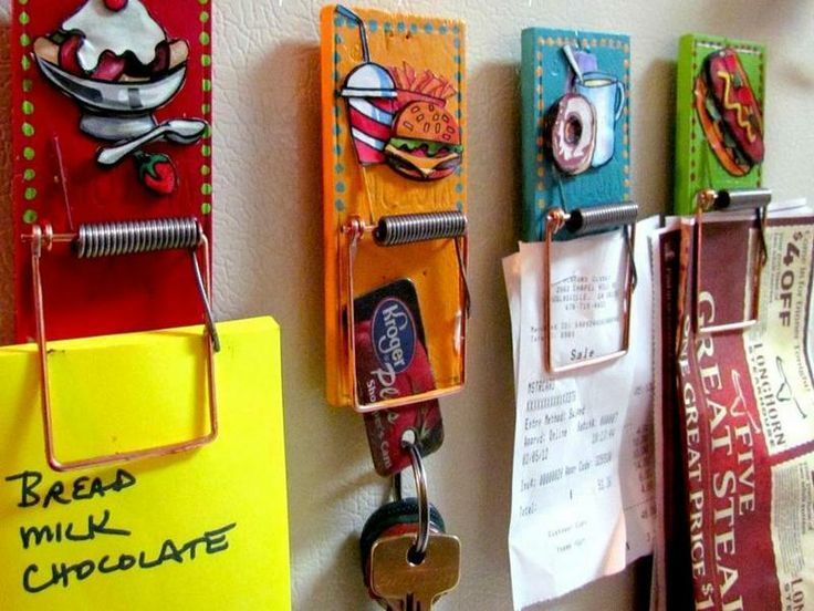 Who would have thought! These would make a great project for the kids. Put a magnet on the back and use as a fridge magnet to hold your child's artwork.