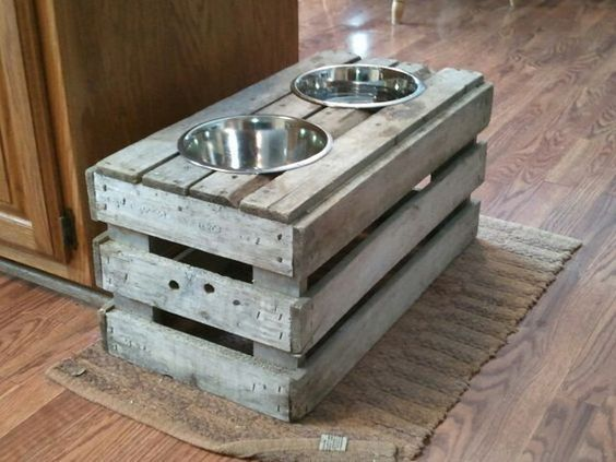 32 DIY Raised Dog Feeder from Old Crate                                                                                                                                                                                 More