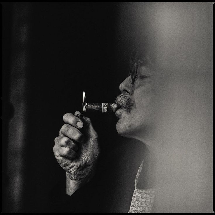 """danwintersphoto Don Van Vliet, Arcata, Ca, 1990. Don was a great talent. Going by the Stage name Captain Beefheart, he was an influential musician, a gifted painter and a sharp witted philosopher. One of my favorite musicians, Tom Waits carries his mark as well as many others including Nirvana and the Talking Heads.His album,""""Trout Mask Replica"""" is among my favorite records of all time. I spent a moving day with he and his wife Jan, who prepared us a memorable feast, at his home and studio…"""