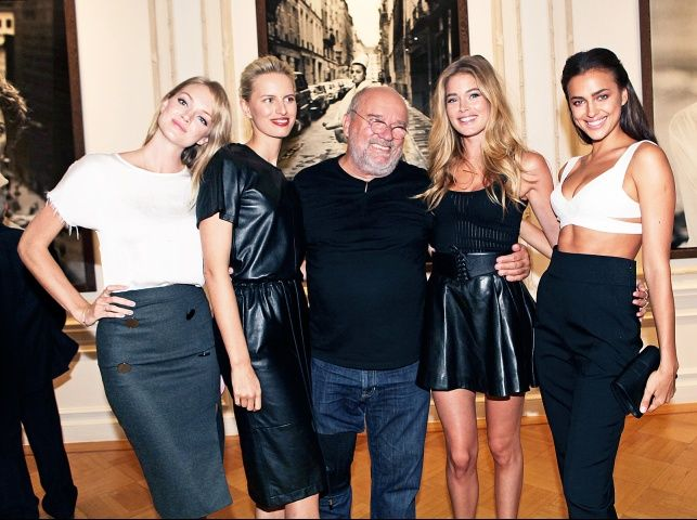 Lindsay Ellington, Karolina Kurkova, Doutzen Kroes and Irina Sheyk with Peter Lindbergh