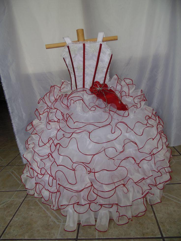 NF60-K encuentralo en http://chicasdress.com/home/100-nf60-k-vestido-de-nina-para-fiesta.html, Vestido de fiesta de niña elaborado en tela organza, combinado en dos tonos, la blusa es de dos tirantes y trae ojillos en la parte trasera tipo corset, tiene un moño en la parte delantera en forma de flor. La falda diseñada con una gran cantidad de olanes muestra un diseño elegante. Cuenta con los filos detallados en el color secundario para una mayor definicion de las lineas del vestido.