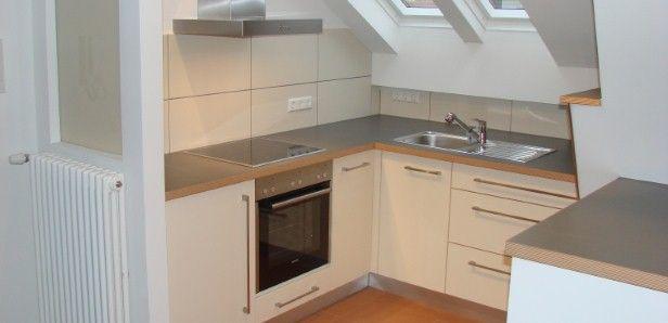 Küche in einer Dachschräge Ideen rund ums Haus Pinterest - kleine k che dachschr ge