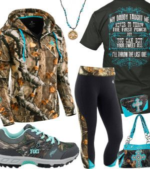 My Daddy Taught Me Camo Capri Pants Outfit – Real Country Ladies