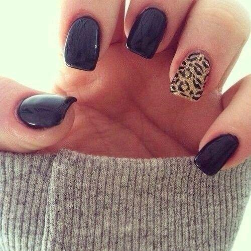 Cheetah print nails love!