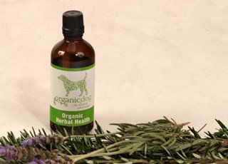Holistic Dog - Organic Dog Herbal Health 200ml. Protect your dog from general pollutants and improve and maintain their quality of life. This tasty organic blend is designed to maintain a healthy dog of any age. Garlic has long been renowned for its antibiotic, antiseptic and anti-viral properties plus may help deter minor pests and flies. This blend also supports a healthy immune and digestive system. Easily added to your dog's daily food or water.