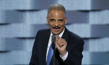 Anticipating Clashes With Trump, California Puts Eric Holder On Retainer | The Huffington Post