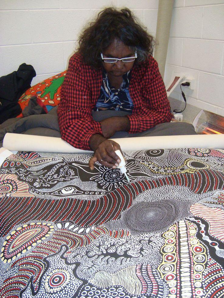 Anna Pitjara Petyarre / aboriginal art - Maori art from New Zealand and Aboriginal art from Austrailia