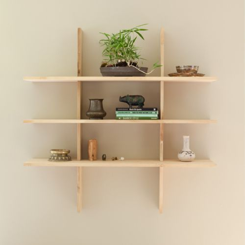 i love how simple this is. that, and it looks like a tic tac toe board with an extra shelf. :-)