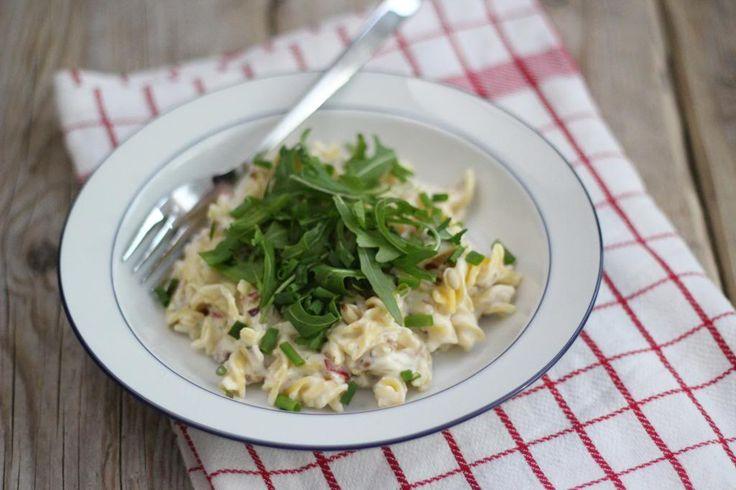 Ons favoriete recept is: pasta boursin. het is super lekker, simpel en heel snel te bereiden. Ideaal dus voor een doordeweekse dag!