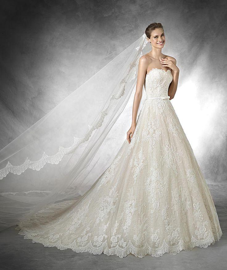Taffi, abito da sposa in pizzo in stile principessa