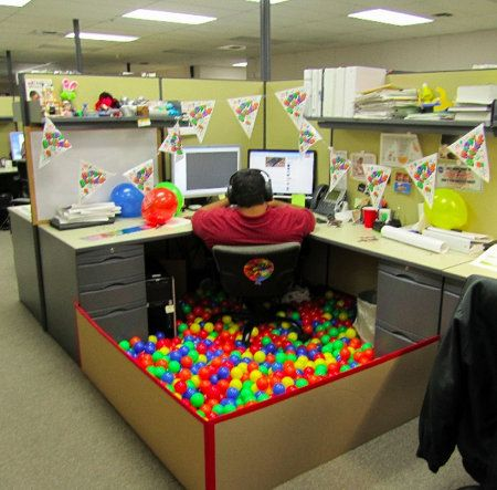 Birthday ball pit for the office cubicle! =)