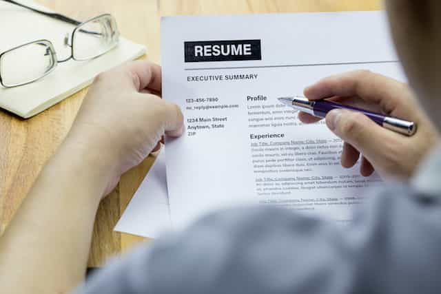 LinkedIn Advanced Resume Builder Launched