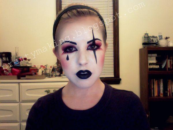 face paint eyes- potential show choir makeup?