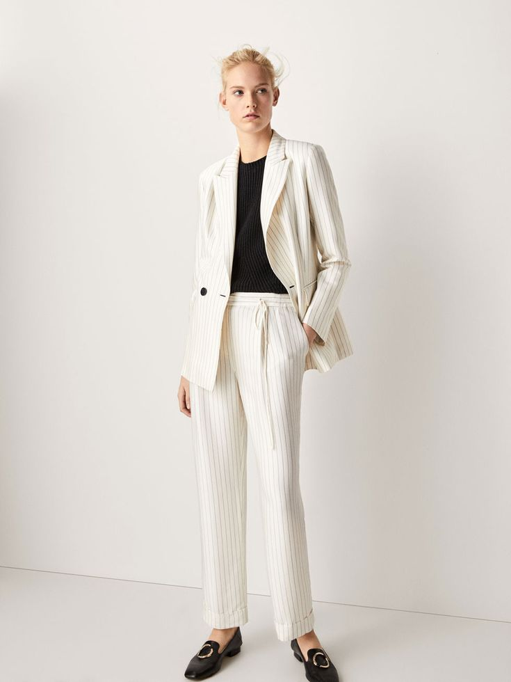 Spring Summer 2017 Women´s suit  À RAYURES TENNIS at Massimo Dutti for 1995. Effortless elegance!