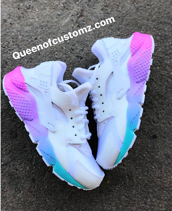 purchase cheap 1bbb8 3f75b Unicorn Nike Huaraches Custom in 2019   Backgrounds ideas for everything♡    Shoes, Nike shoes, Nike huarache