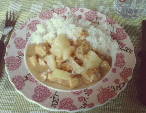Puten-Curry mit Basmati-Reis und Ananas - Rezept - ichkoche.at