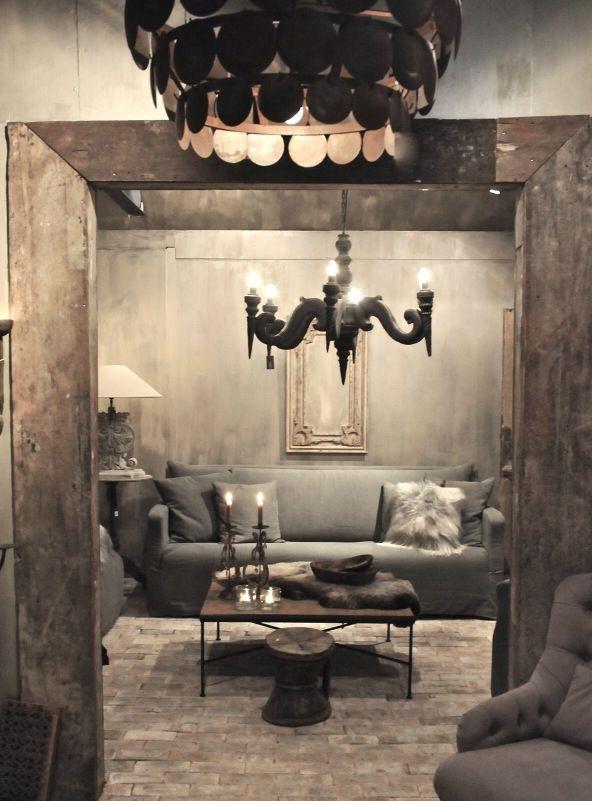 Hoffz.. cozy modern gray gallery style decorating