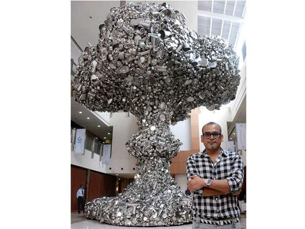 Subodh Gupta Subodh Gupta is known for incorporating everyday objects, such as steel Tiffin boxes, as well as thali pans, bicycles and milk pails that are widely used throughout India. Using these ordinary items, Subodh creates sculptures that draw references to the past and present experiences of own life and memories that reflect the economic transformation of his homeland. In his words, he is the idol thief. He confesses to have drawn inspiration from the drama of Hindu life. Swinging…