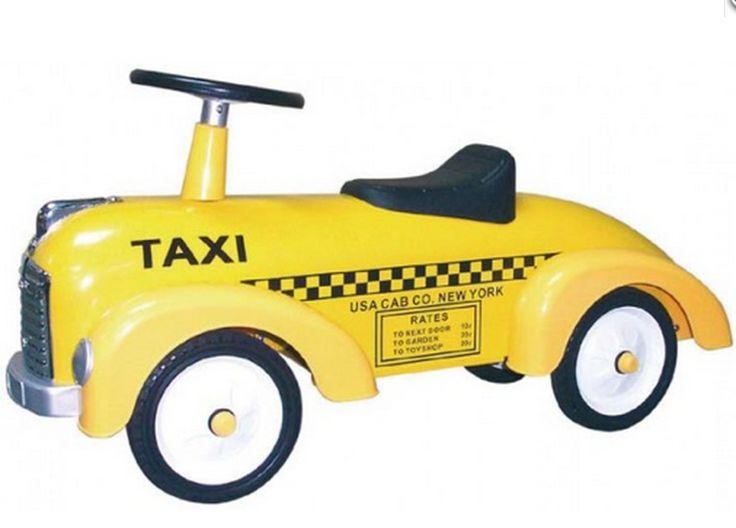 #Correpasillos de metal amarillo para #bebés con forma de #taxi. Ayuda a desarrollar la imaginación, capacidades motrices y reflejos del niño. Adecuado para niños de a partir de 12 meses. http://tienda.5mimitos.com/collections/triciclos-y-correpasillos/products/coche-correpasillos-taxi