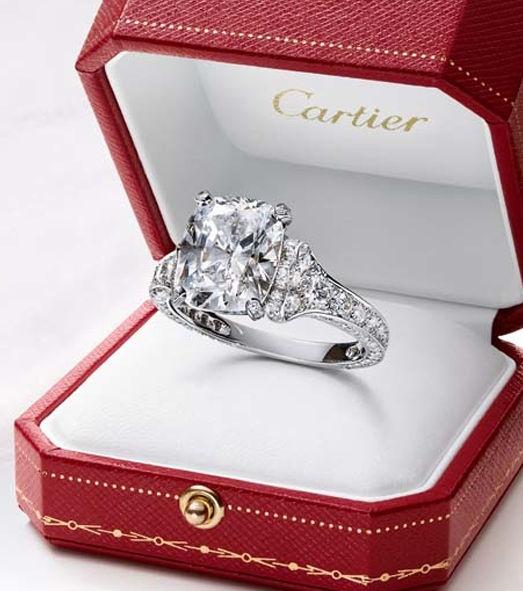 Anillo de compromiso Cartier.