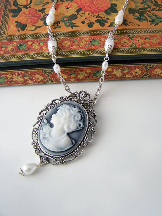 Cameo necklace with pearl teardrop by ValkyriesAccesories on Etsy, €19.50